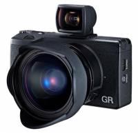 理光 The GR 預計五月下旬上市,建議售價折台幣約三萬一(補充北美售價為 800 美金)