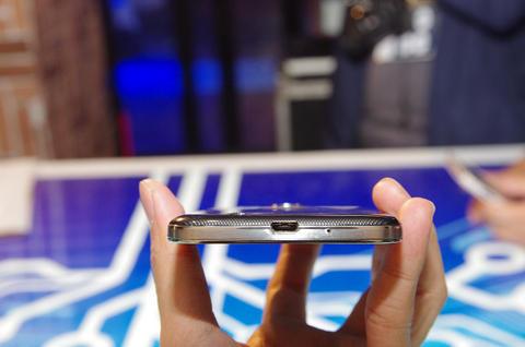 Galaxy S4 淡化硬體規格、訴求使用者體驗,預計四月下旬上市