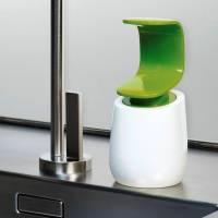 單手就能搞定的創新C型洗手乳罐
