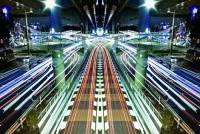 科幻電影般的鏡像車軌攝影集