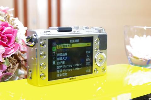 Nikon Coolpix A 玩大的!瞄準高畫質專業玩家需求而生(注:台灣只有 100 台配額...)